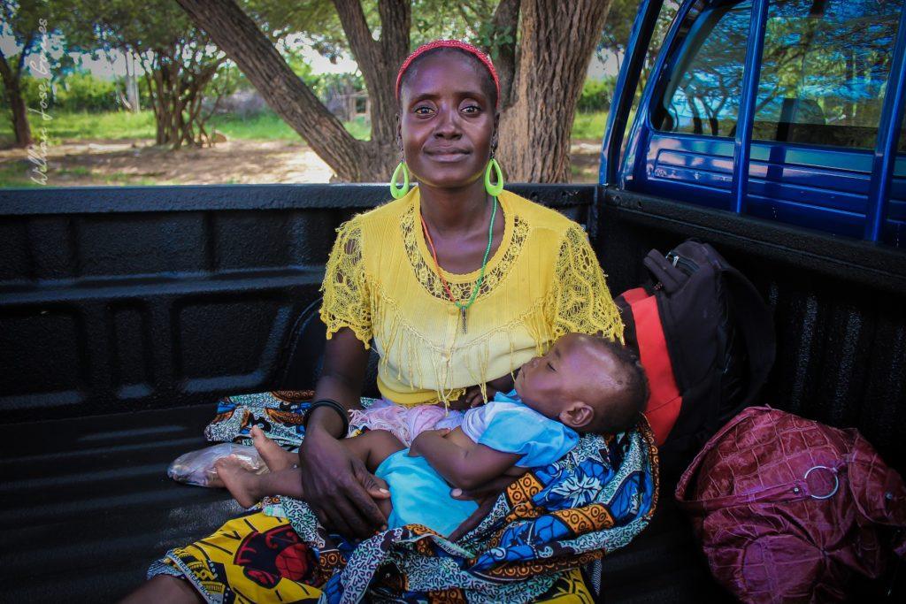 Salvan vidas de madres y bebés con teléfonos avanzados