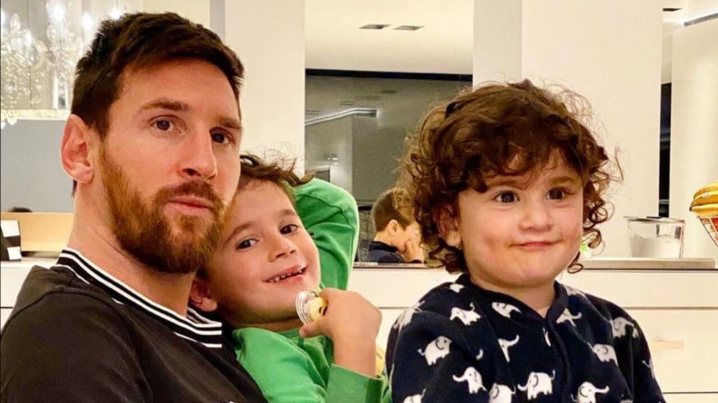 Messi envía mensaje a papás para que hablen con sus hijos