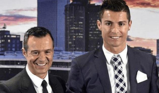Cristiano Ronaldo dona equipamiento a hospitales