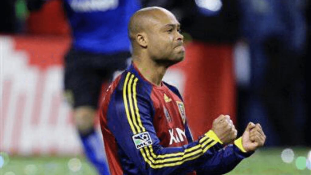 Campeón de la MLS apoya como Doctor