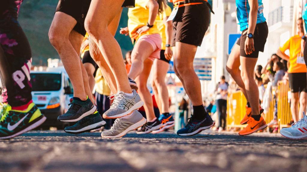 Clase de aeróbicos para todos desde Jocotenango