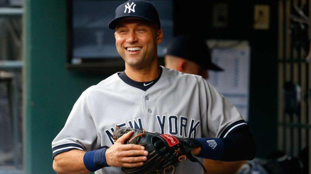 Derek Jeter es inducido al salón de la fama del Beisbol