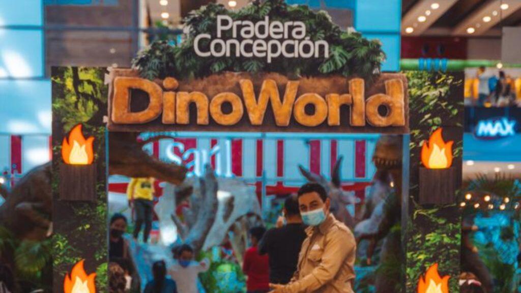 Dino World te invita a vivir una aventura prehistórica en familia.