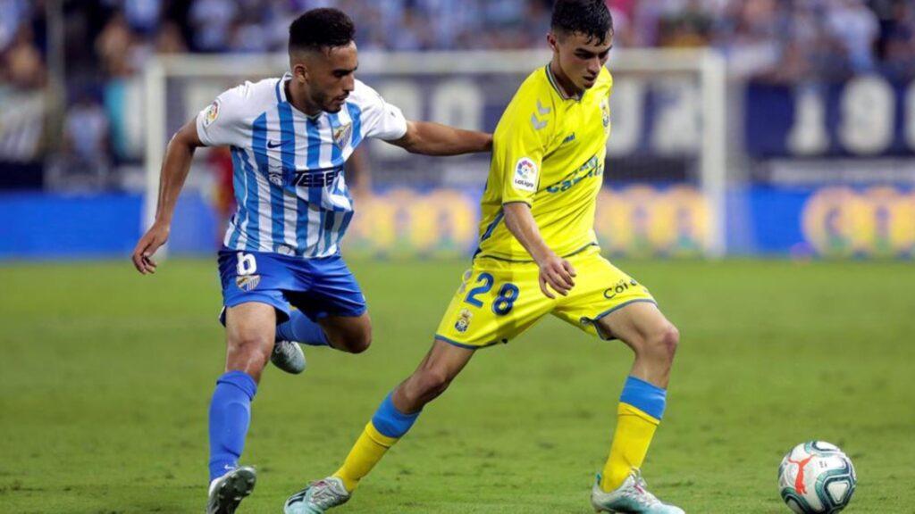 UD Las Palmas y CD Tenerife sacan a subasta la camiseta solidaria